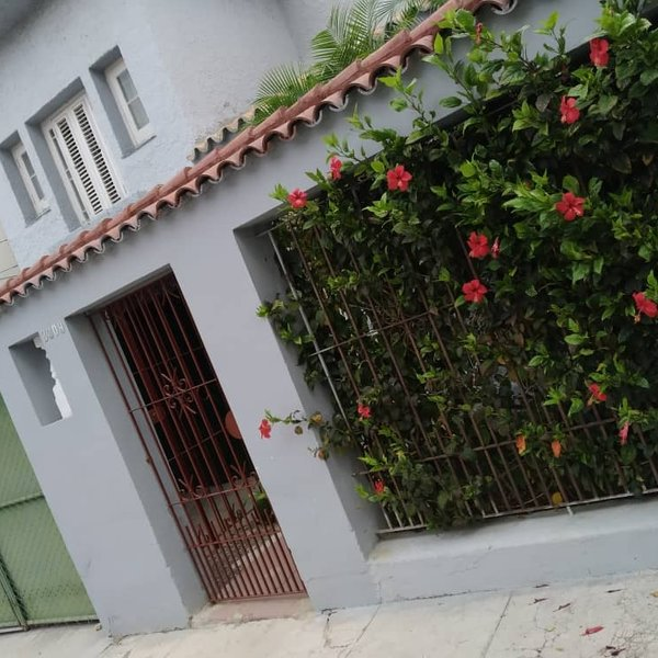 Casa de 4 cuartos, 3 baños y 1 garaje por $ 150.000