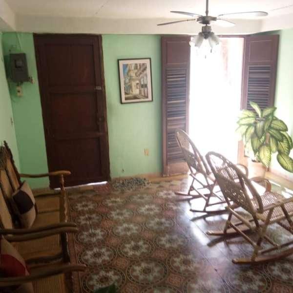 Casa de 4 cuartos y 2 baños por $ 37.000