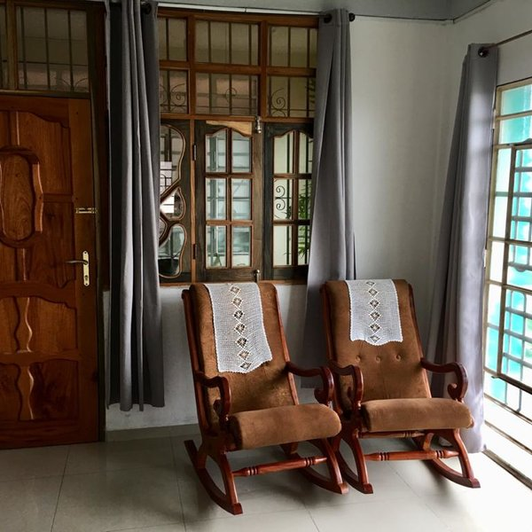 Apartamento de 4 cuartos, 5 baños y 1 garaje por $ 140.000