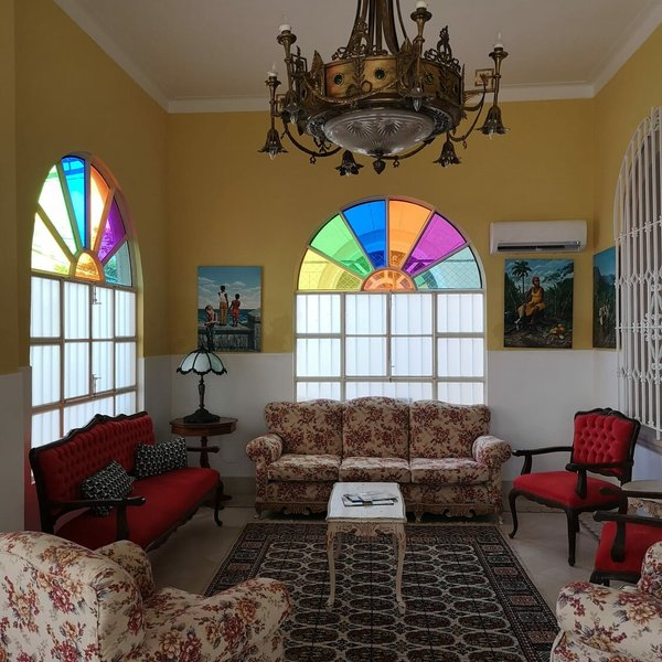 Casa de 4 cuartos, 4 baños y 1 garaje por $ 315.000