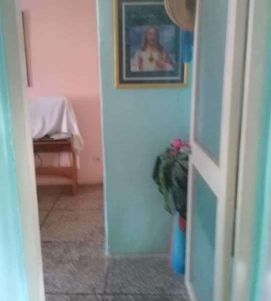Apartamento de 3 cuartos y 1 baño por $ 65.000