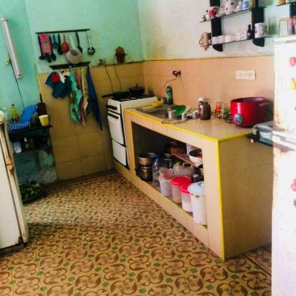 Casa de 7 cuartos, 5 baños y 1 garaje por $ 200.000