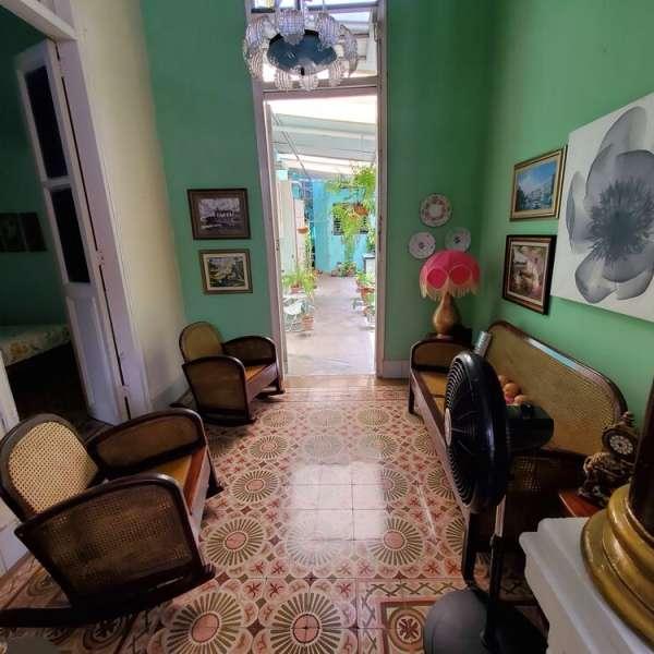 Casa de 4 cuartos y 3 baños por $ 90.000