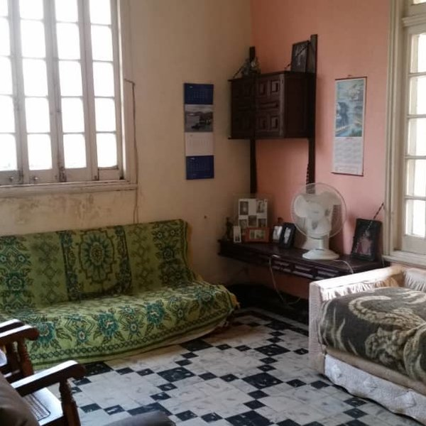 Casa de 5 cuartos, 2 baños y 1 garaje por $ 280.000
