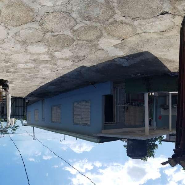 Casa de 3 cuartos y 1 baño por $ 50.000
