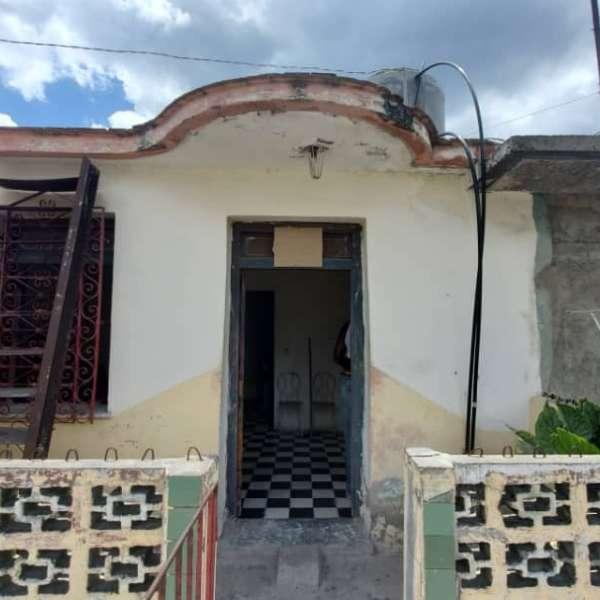 Casa de 1 cuarto y 1 baño por $ 7.500