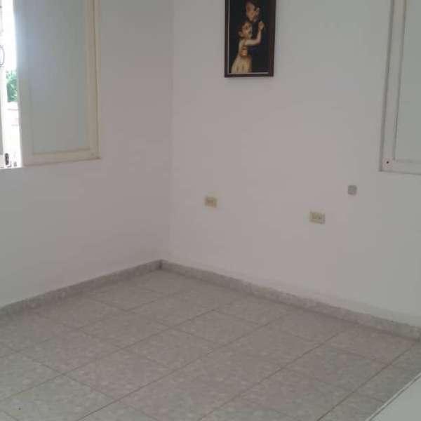 Casa de 14 cuartos, 14 baños y 1 garaje por $ 325.000