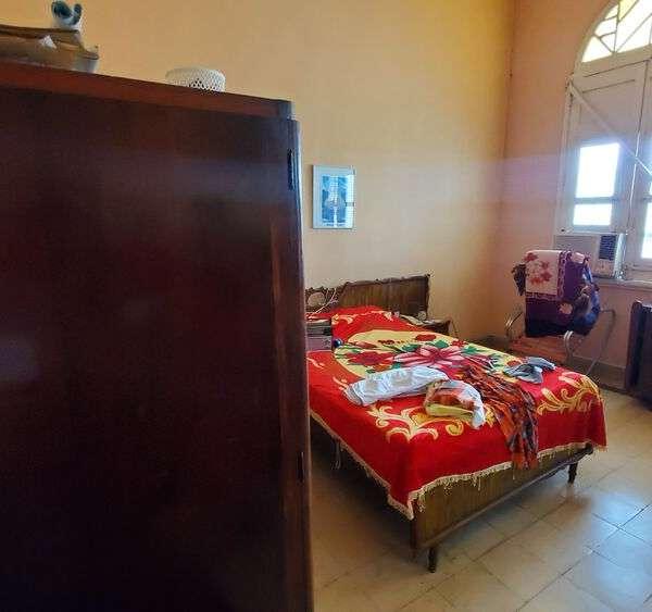 Casa de 3 cuartos y 1 baño por $ 60.000