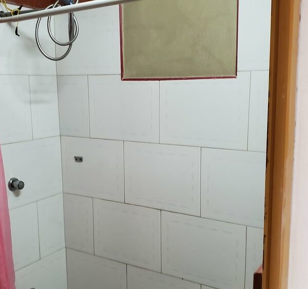 Casa de 2 cuartos y 1 baño por $ 14.000