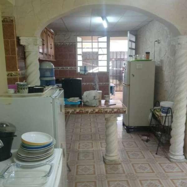 Casa de 4 cuartos, 2 baños y 1 garaje por $ 49.000