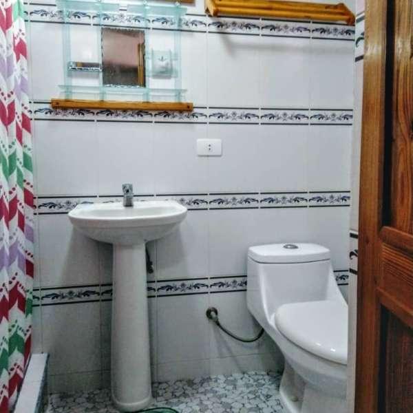 Casa de 5 cuartos y 5 baños por $ 280.000