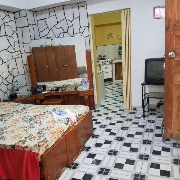 Casa de 2 cuartos y 1 baño por $ 22.000