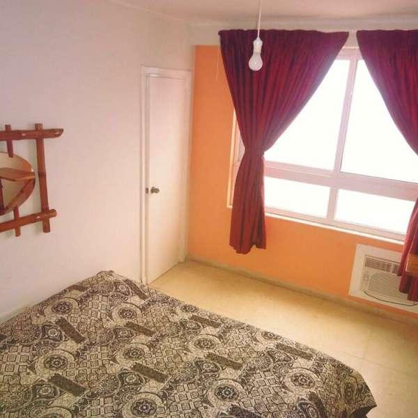 Apartamento de 3 cuartos y 3 baños por $ 180.000