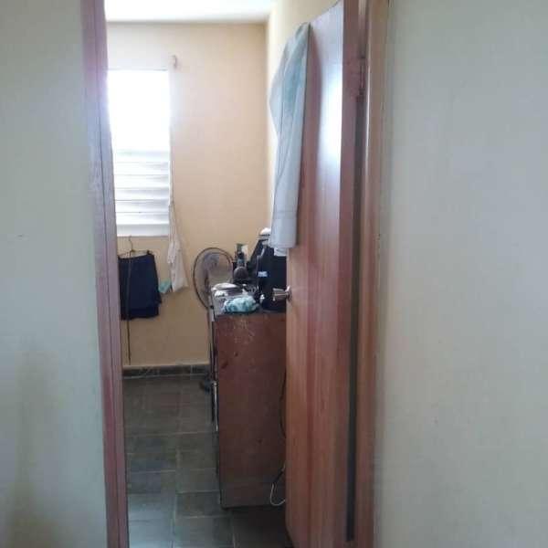 Apartamento de 2 cuartos y 1 baño por $ 22.000