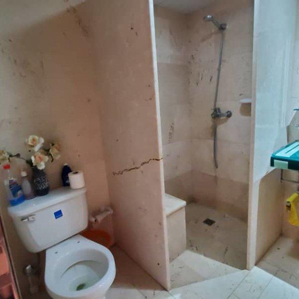 Casa de 3 cuartos, 1 baño y 1 garaje por $ 26.000