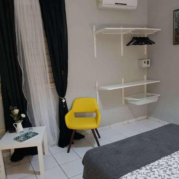 Casa de 4 cuartos, 5 baños y 1 garaje por $ 390.000