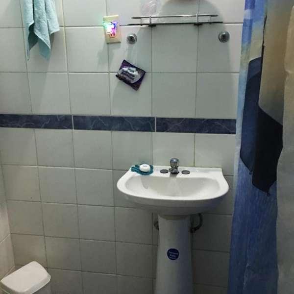 Casa de 4 cuartos y 2 baños por $ 90.000