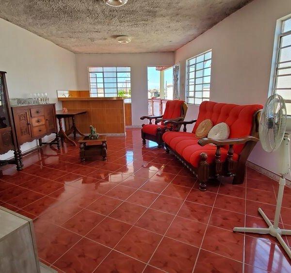 Casa de 4 cuartos y 2 baños por $ 63.000