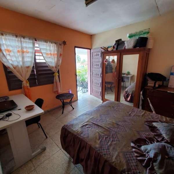 Casa de 4 cuartos y 3 baños por $ Ajustable