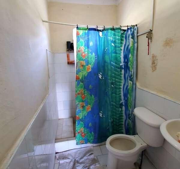 Casa de 3 cuartos y 1 baño por $ 7.000