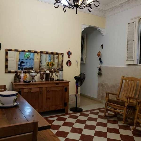 Casa de 4 cuartos y 2 baños por $ 95.000