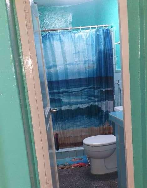 Casa de 6 cuartos y 1 baño por $ 80.000