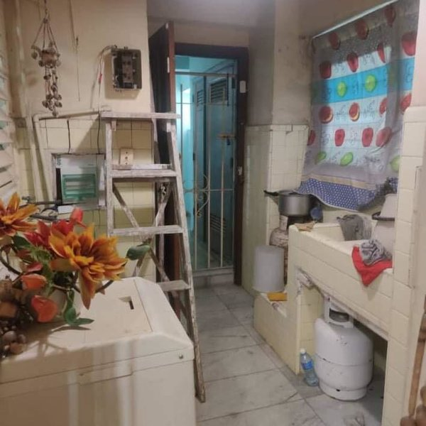 Apartamento de 3 cuartos, 2 baños y 1 garaje por $ 150.000