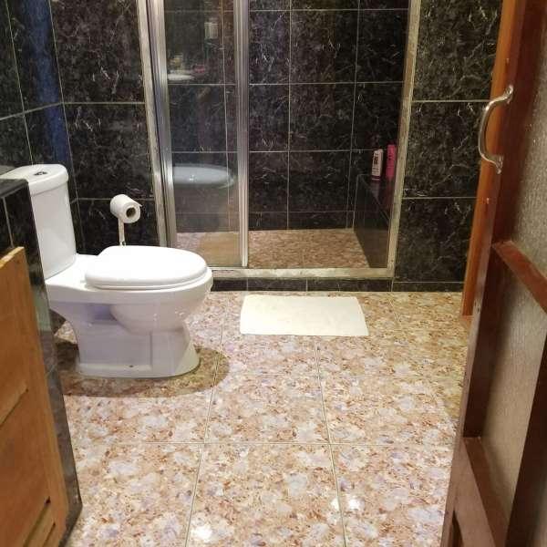 Casa de 3 cuartos y 1 baño por $ 65.000