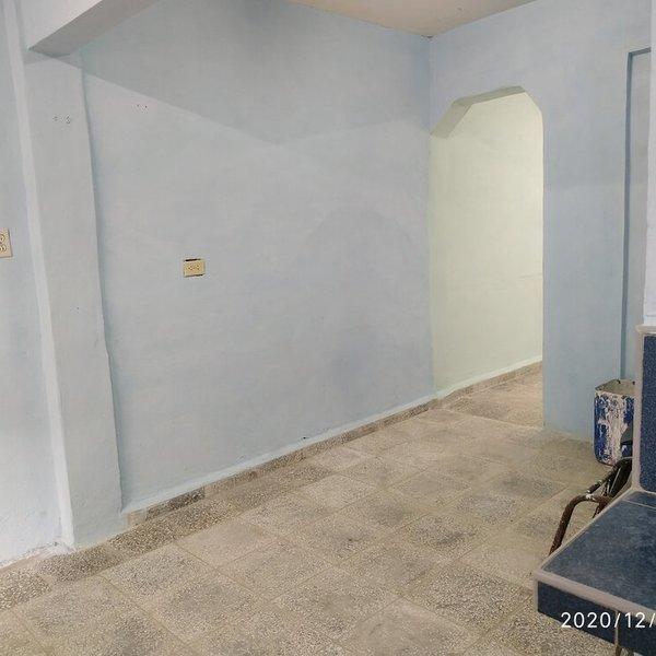 Casa de 3 cuartos y 1 baño por $ 35.000