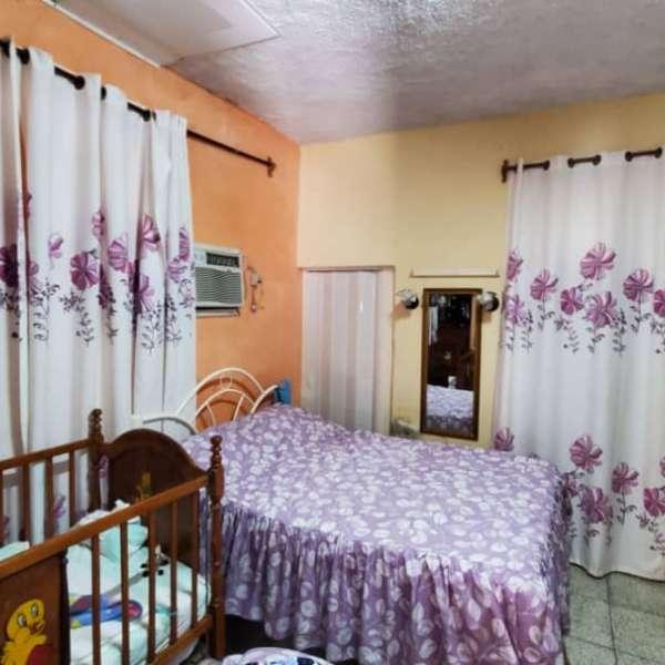 Casa de 3 cuartos y 2 baños por $ 75.000