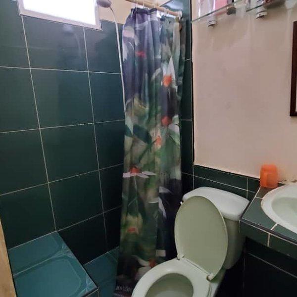 Casa de 3 cuartos y 3 baños por $ 60.000