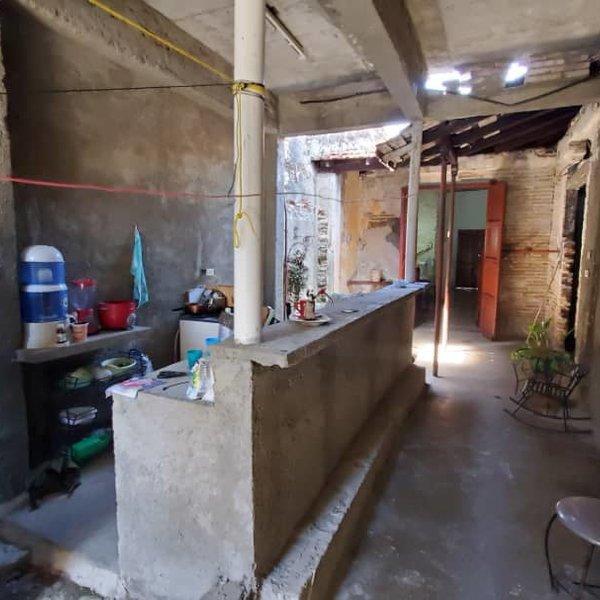 Casa de 5 cuartos y 2 baños por $ 25.000
