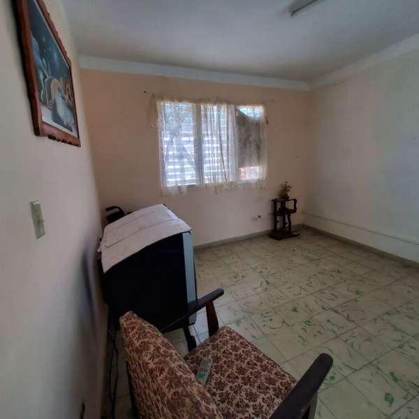 Casa de 2 cuartos y 1 baño por $ 13.000
