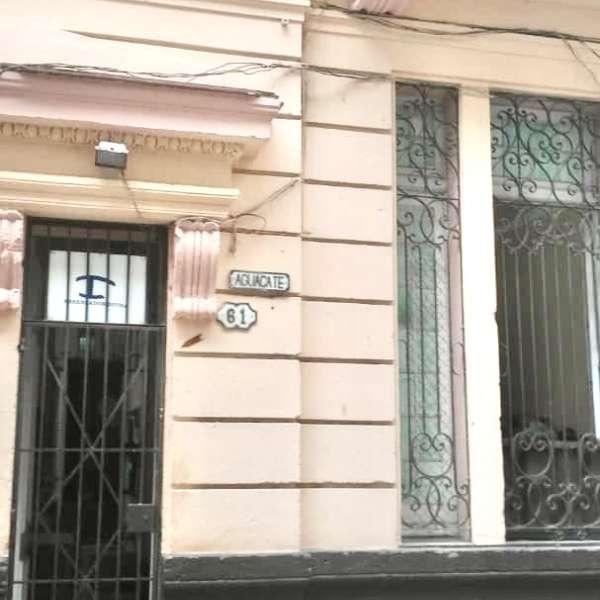 Casa de 6 cuartos y 5 baños por $ 150.000