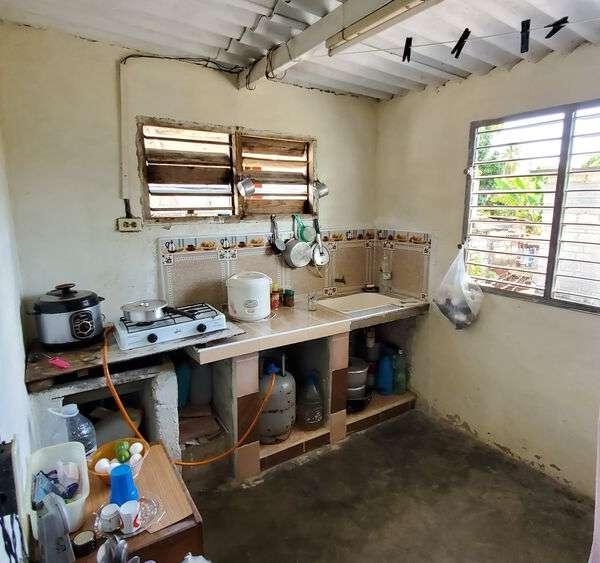 Casa de 1 cuarto y 1 baño por $ 7.000