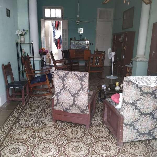 Casa de 3 cuartos y 1 baño por $ 45.000