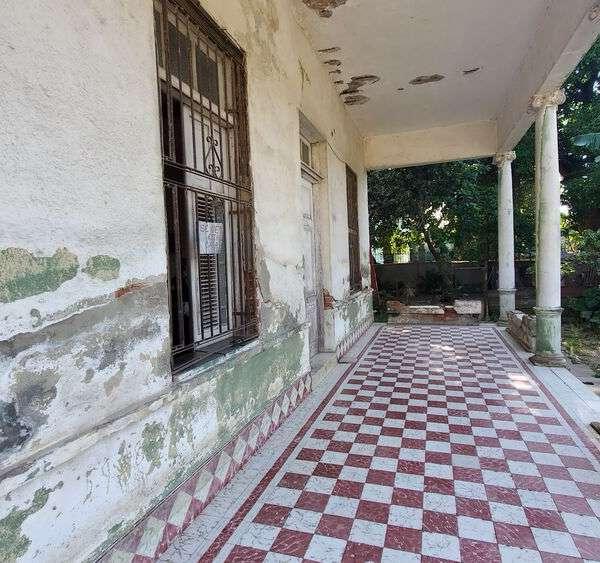 Casa de 4 cuartos, 2 baños y 1 garaje por $ 40.000