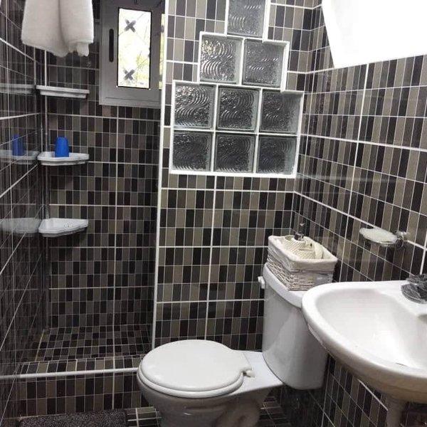 Casa de 1 cuarto y 1 baño por $ 38.000