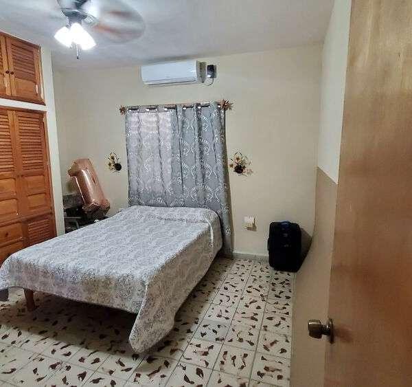 Casa de 3 cuartos, 3 baños y 1 garaje por $ 165.000