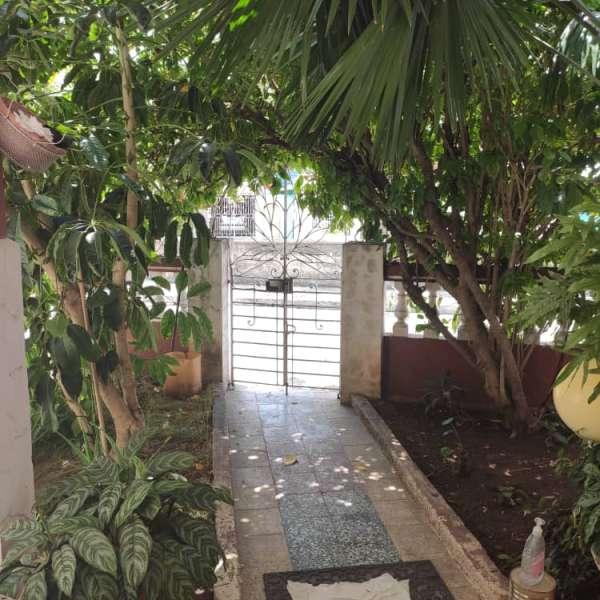 Casa de 2 cuartos y 1 baño por $ 100.000