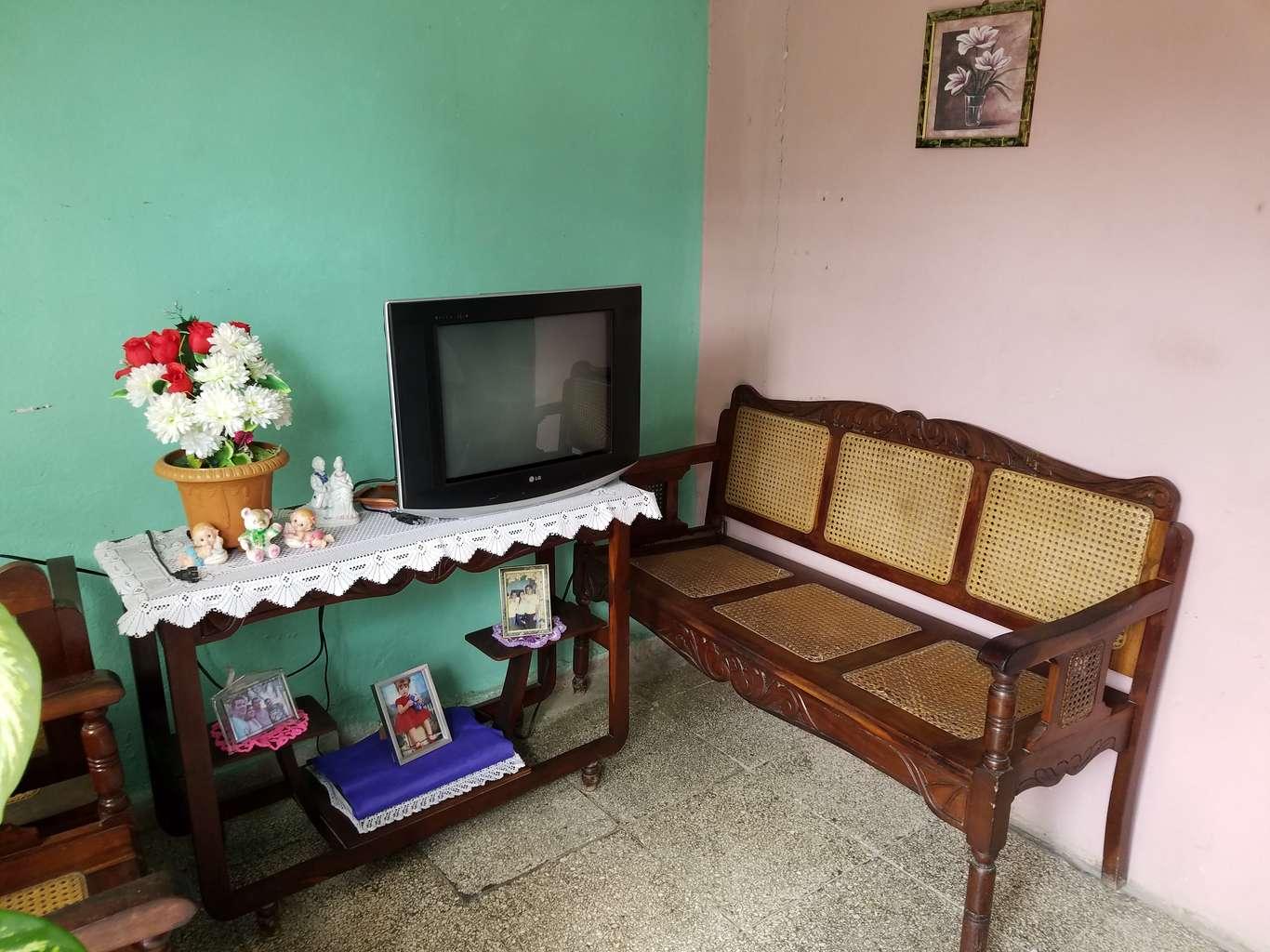 HEC1015: Casa de 1 cuarto y 1 baño por $ 10.000 en Cienfuegos, Cienfuegos