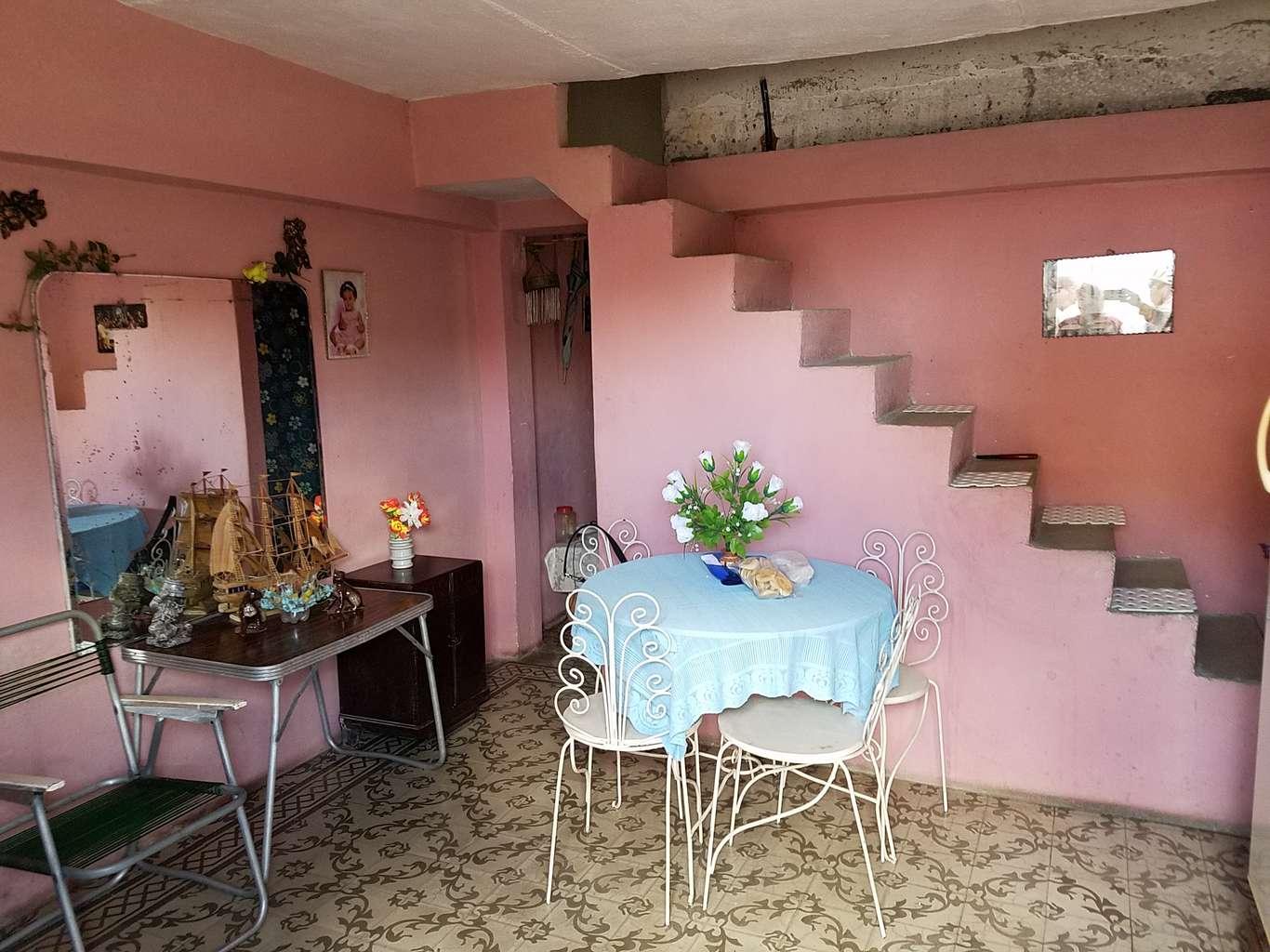 HEC1045: Casa de 2 cuartos y 1 baño por $ 10.000 en Cienfuegos, Cienfuegos
