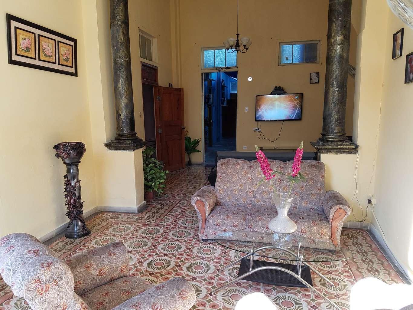 HEC1047: Casa de 5 cuartos y 5 baños por $ 95.000 en Cienfuegos, Cienfuegos