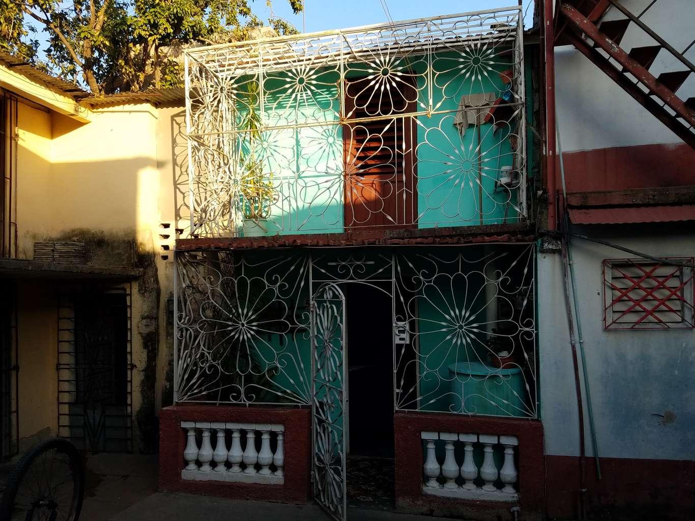 HEC1059: Casa de 2 cuartos y 2 baños por $ 15.000 en Cienfuegos, Cienfuegos