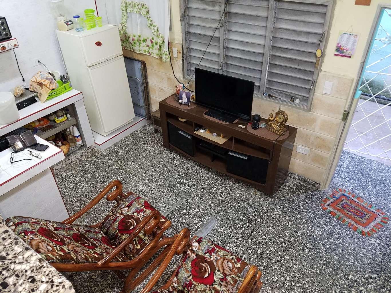 HEC1060: Casa de 3 cuartos y 2 baños por $ 15.000 en Cienfuegos, Cienfuegos