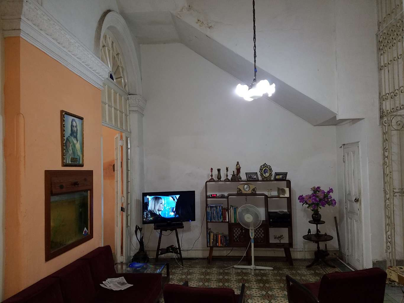 HEC1063: Casa de 5 cuartos y 5 baños por $ 210.000 en Cienfuegos, Cienfuegos