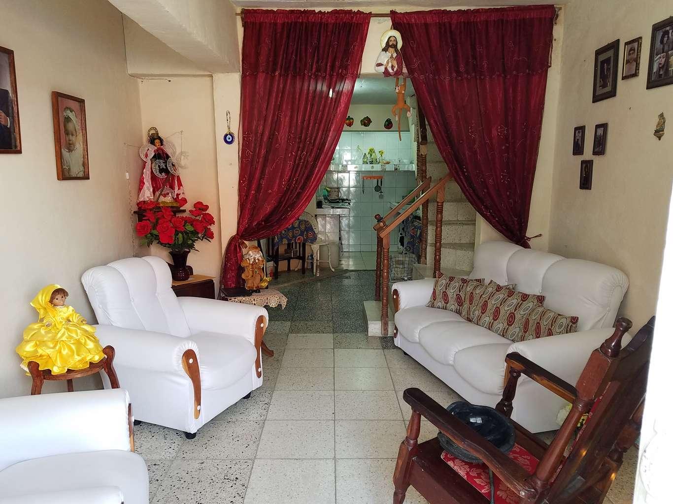 HEC1064: Casa de 3 cuartos y 3 baños por $ 32.000 en Cienfuegos, Cienfuegos