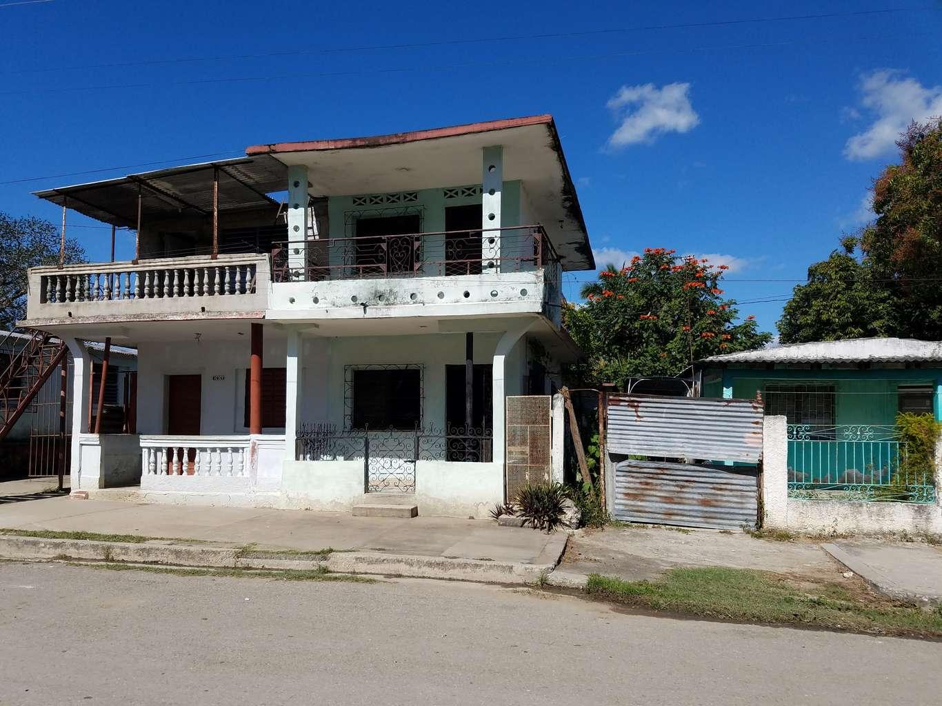 HEC1067: Casa de 2 cuartos y 2 baños por $ 30.000 en Cienfuegos, Cienfuegos