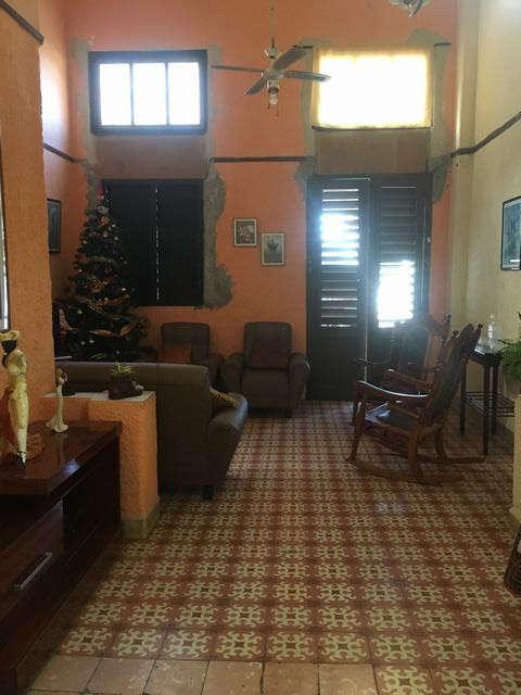 HEC1069: Casa de 3 cuartos y 1 baño por $ 170.000 en La Habana Vieja, La Habana