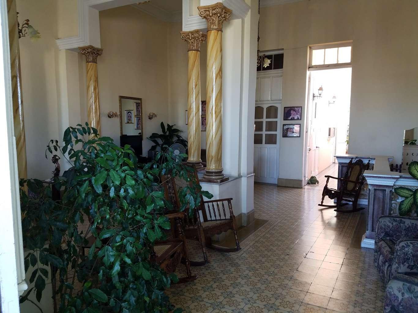 HEC1077: Casa de 4 cuartos y 4 baños por $ 170.000 en Cienfuegos, Cienfuegos